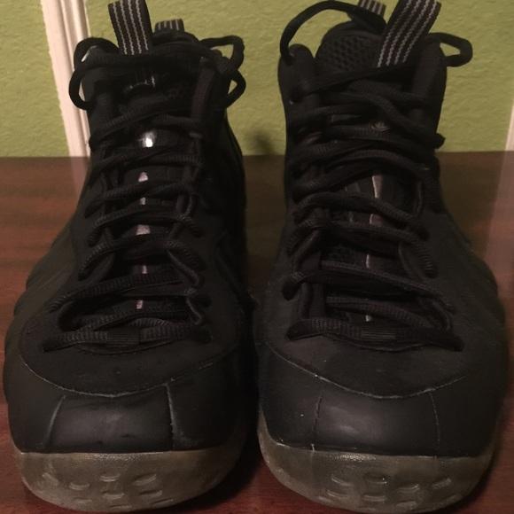 e119729295d Nike Air Foamposite One Stealth Black Size 13. M 5a975ad05512fdd5a1d13524